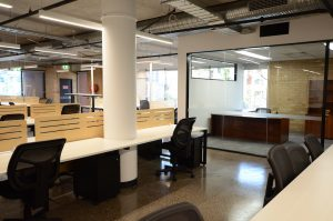 Modern open office | Featured image for open plan office vs closed office blog.
