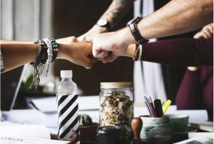 5 Ways Your Business Can Give Back to The Community