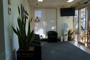Howe-Ford-Boxer-Office-Reception-2-1-1