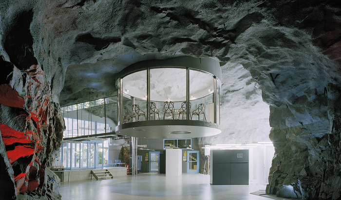 Underground office space | Featured Image for 5 of the world's most interesting office spaces.